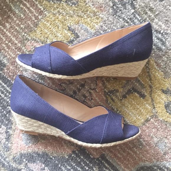 54b2f8a6a6c Kelly   Katie Shoes - Kelly   Katie Wedge Sandals - Sz. 8 - Navy